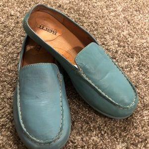 EUC Blue BORN Mary Jane Flats Mules Shoes 8 Medium